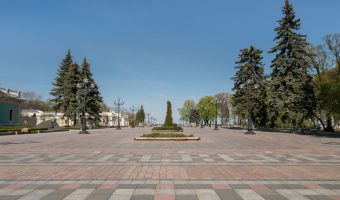 Constitution Square in Kiev city centre. The pedestrian-only square lies between Mariinsky Park and Mariinsky Palace/Verkhovna Rada.