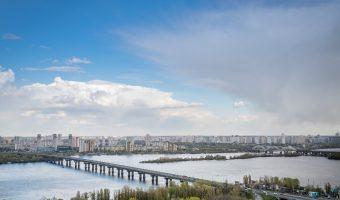 Paton Bridge and the Dnieper River in Kiev, Ukraine