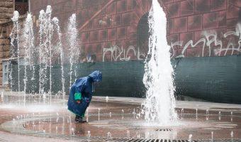 Child playing in the fountains on Khreshchatyk in Kiev, Ukraine.
