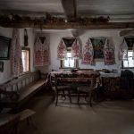 Interior of Ukrainian peasant house at Pyrohiv / Pirogov