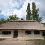 Early 19th century peasant house from Cherkasy region of Ukraine at Pyrohiv