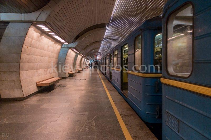 Photograph of a train at Pecherska Metro Station, Kiev.